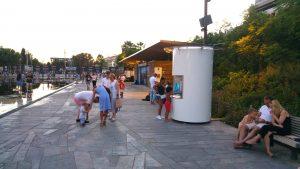 Notre fontaine à eau implantée au Paillon, à Nice.