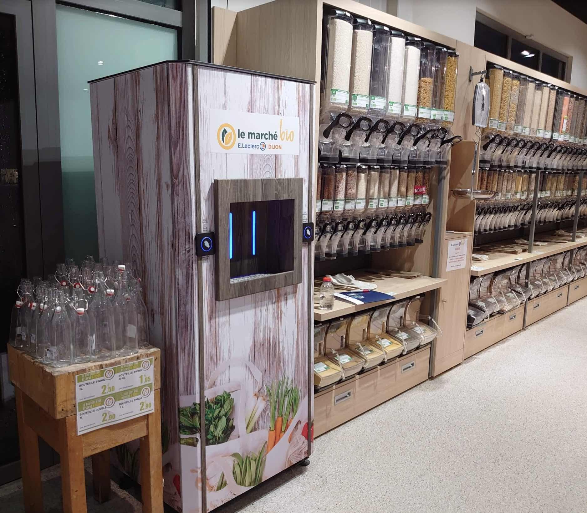 Fontaine à eau Sourcéo +installée dans un Leclerc Bio